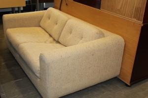 #19 Divan beige 2 places